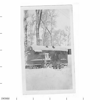 Old Vintage Photo MAN TRAILER SNOW YELLOWSTONE LIVINGSTON MONTANA 1945