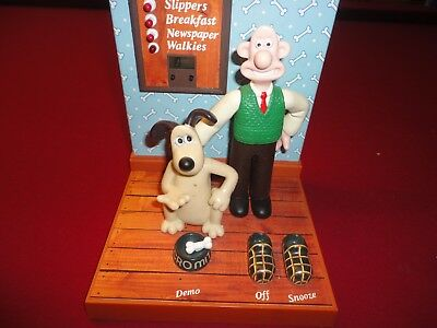 """wallace & Gromit"" Battery Operated Clock No Reserve"