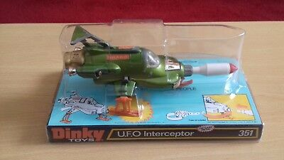 Vintage Dinky Toys No 351 UFO SHADO Interceptor Gerry Anderson Space Scarlet