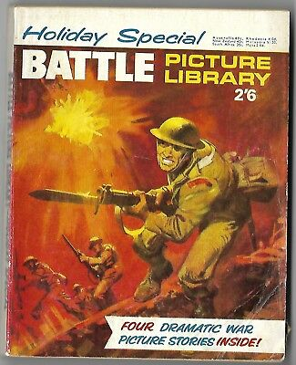 """1968. BATTLE PICTURE LIBRARY War Comic """"HOLIDAY SPECIAL"""". Four picture stories."""