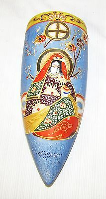 Vintage--Wallpocket--Vase--High Relief Hand Painted--Made In Japan