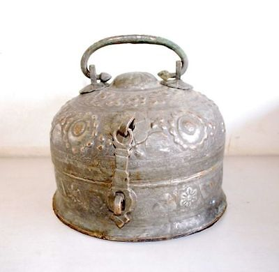 Antique Old Beautiful Collectible Original Islamic Copper Pan Dan Betel Box