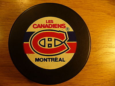 NHL Montreal Canadiens Trench 90's Souvenir Team Logo Hockey Puck Collect Pucks