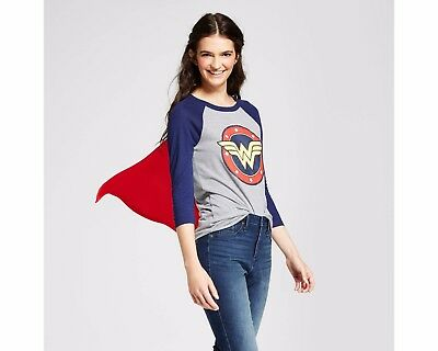 Women's Wonder Woman T-Shirt with Cape New with Tag