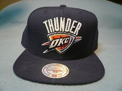 7ce2b3619e405 Mitchell   Ness Oklahoma City Thunder Solid BRAND NEW Snapback cap hat OKC  NBA