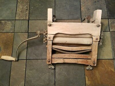 Clothes Wringer  USA Antique Hand Crank Primitive Wood