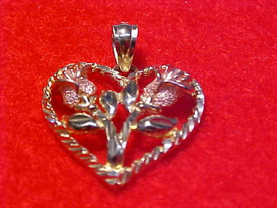 14K Yellow solid Gold Heart with two roses Pendant weighs1.8 grams #GA12