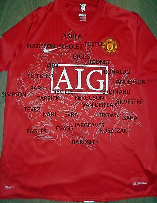 Hand Signed Manchester United Shirt 2007/08 Champions League Winners Squad