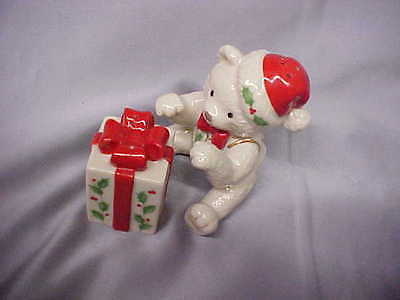 Lenox Porcelain Holiday Teddy Bear & Present Salt & Pepper Shakers sET EXC CO FS