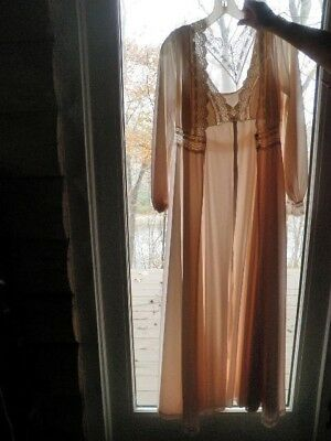 """Vtg Peignoir Set Nightgown Robe Pale Pink with Lace 34"""" Bust Olga Full Length Qu"""