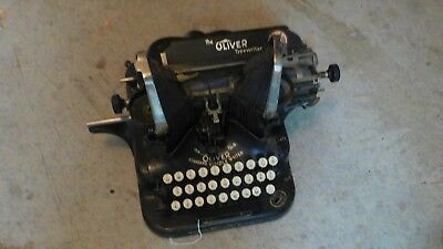 Antique Oliver no 5 visible typewriter very good working condition