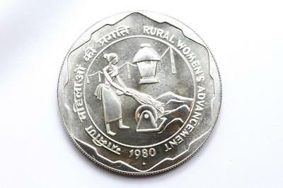 FAO / F.A.O. India 100 Rupees 1980  - uncirculated - silver