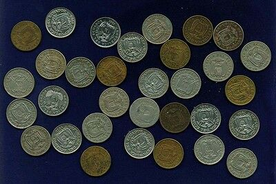 Ecuador  1937-1981  20 Centavos Coins, Group Lot Of (32)!