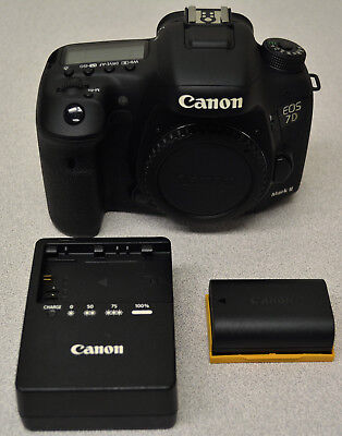 Canon EOS 7D Mark II 20.2MP Digital SLR Camera (Body Only) - Black