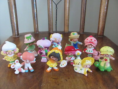 Lot of 11 Vintage Strawberry Shortcake miniature PVC figures