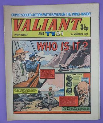 Valliant And TV21 Comic 3rd November 1973, Charles Darwin On Cover