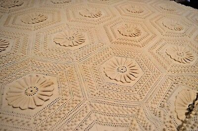 Gorgeous Vintage Popcorn Crochet Bedspread Throw Coverlet Tt369
