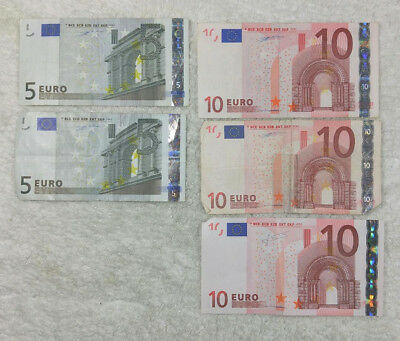 €40  (40 Euro) paper currency  - free shipping