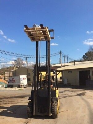 Yale 8000 lb fork lift  Newly rebuilt engine with less then 1 hr. use