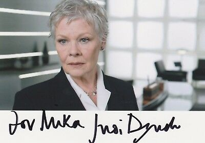 Judi Dench  -  Filmschauspielerin  -   James Bond 007
