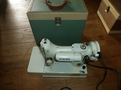 White Singer Feather Weight 221K Sewing Machine, Case, Manual,extras Nr!!
