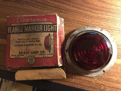 Vintage Original Auto Parts nos Fender Light old Part in box