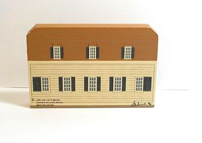 Cat's Meow Village Meeting House Shaker Village 1995 Series Faline 96 Wood