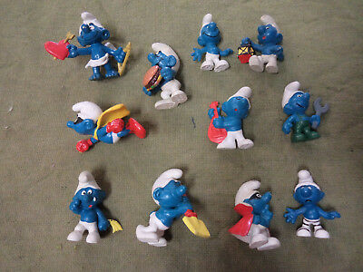 #cc10.   Lot Of Eleven (11) Smurf Figures