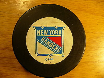 NHL New York Rangers Late Trench Logo Souvenir Hockey Puck Check My Other Pucks