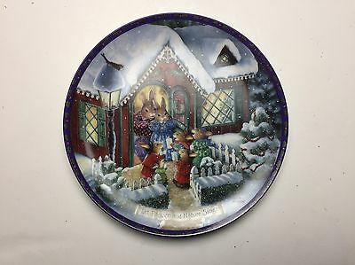 Susan Wheeler plate Let Heaven & Nature sing Christmas Comes to Primrose Hill