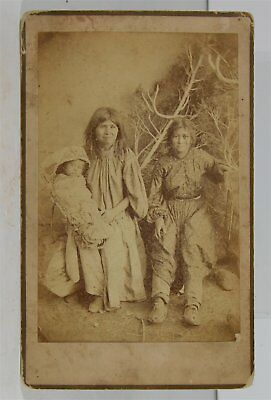 ca1883 NATIVE AMERICAN APACHE INDIAN MOTHER AND CHILDREN CABINET CARD PHOTO
