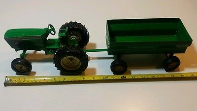 Beautiful Rare Vintage Ertl International Red Colour Tractor And Farm Wagon