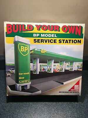 New Never Used 1995 Bp Model Build Your Own Service Station Mib