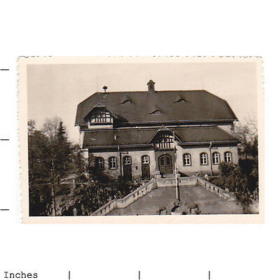 Old Vintage Photo PICTURE OF BUILDING ON STAIRS