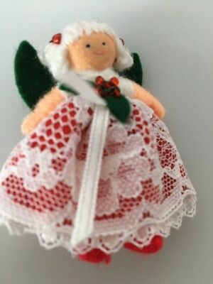 New-old-stock Hearthsong Halfpenny Doll Pin  Xmas Hollyberry Fairy Fair Skin