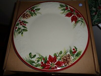 Longaberger  Holiday Nature Garland Dinner Plate -Set Of 2 New