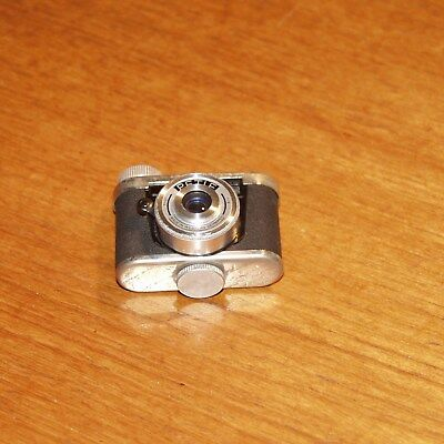 KUNIK PETIE Sub-Miniature SPY Camera 16mm with case made in GERMANY