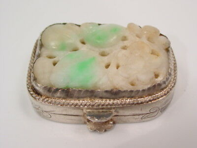 Antique chinese SILVER opium pill can - SNUFF box apple green BURMA carved JADE