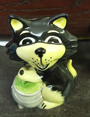 Lorna Bailey cat & cauldron Limited Edition 1/3 excellent condition FREE P&P