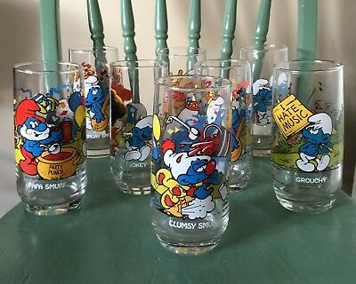 Lot of 8 Vintage PEYO Smurf Drinking Glasses 1982 & 1983 Wallace Berrie & Co.