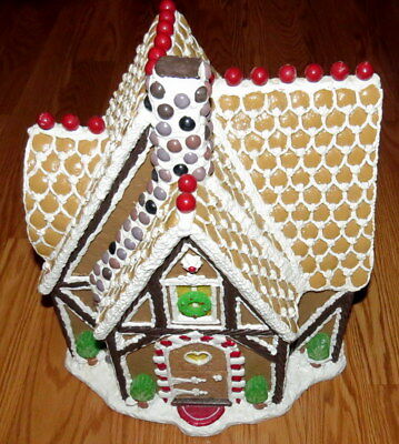 Traditions by Byers Choice Rock Candy Chimney Gingerbread House-EUC