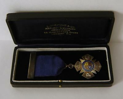 A Cased Sterling Silver British United Order Of Oddfellows Medal London 1927