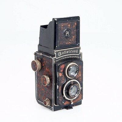 Rollei Rolleicord I Model 2 Medium Format Twin Lens Reflex Collectible Camera