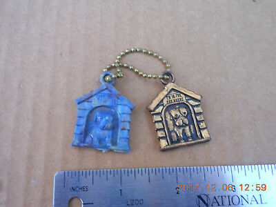 Vintage 1960s 2 In the Dog House Plastic & Metal Gumball Machine Prize Keychain