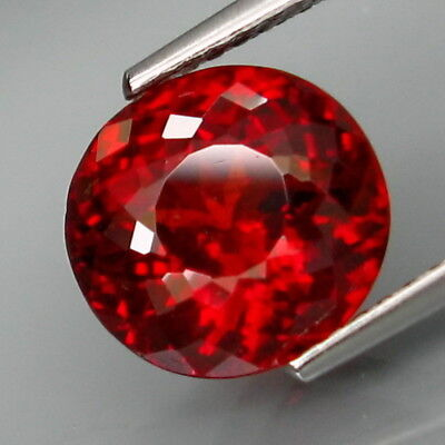 4.14Ct.Outstanding Color! Natural Red Spessartite Garnet Africa Full Fire!