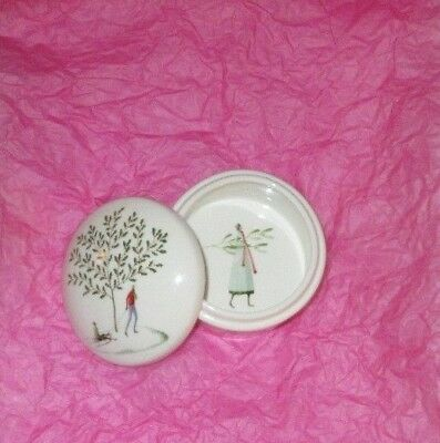 "PORTMEIRION ""A Fine Romance "" trinket jewellery box Holly Mistletoe Snow Scene"