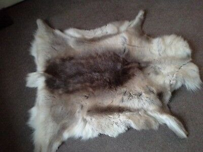 A Reindeer Skin Rug / Throw Approximately 115 X 95 Cm Pre Owned Brown And Soft