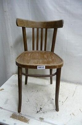 9933. Alter Bugholz Stuhl Old wooden chair