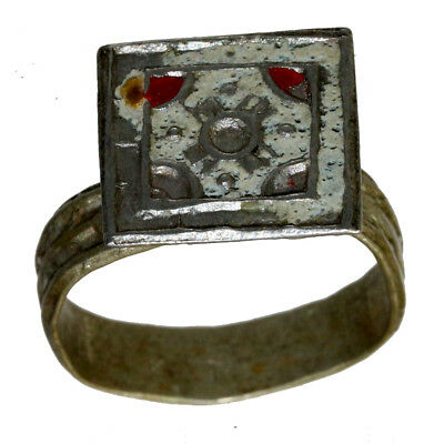 Stunning Vintage Silvered Enamel Decorated Ring