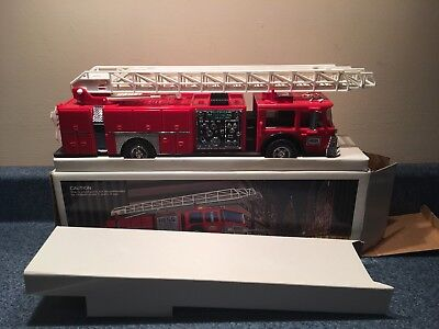 New Never Used 1986 Hess Toy Fire Truck Made In Hong Kong Mib